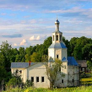 Храм Троицы Живоначальной в Васюнине