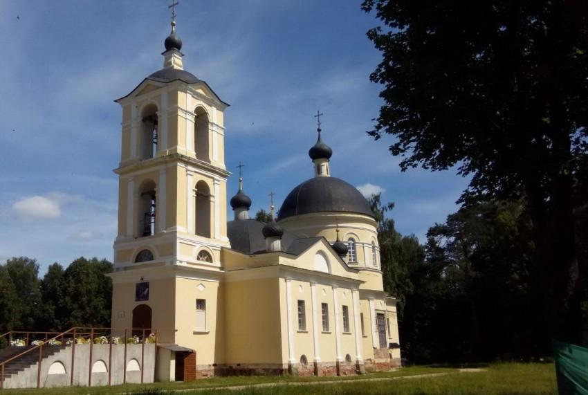 Храм Всемилостивого Спаса в д.Нововолково