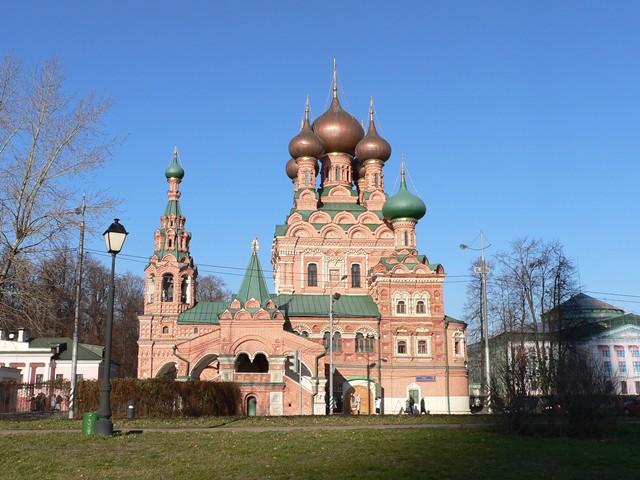 Храм Троицы Живоначальной в Останкино