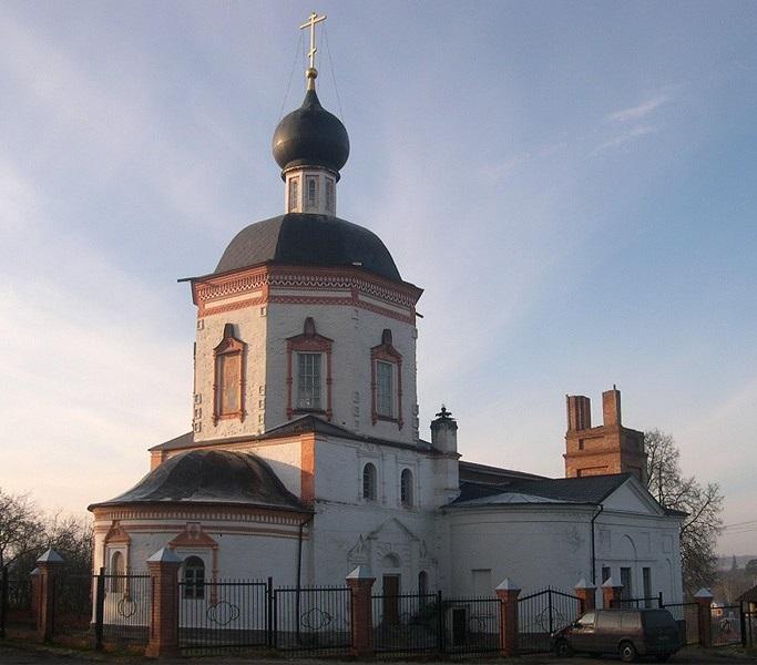 Храм Иоанна Богослова в Красном