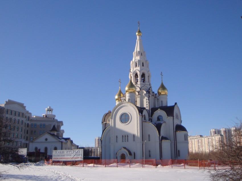 Храм Иверской иконы Божией Матери в Очаково-Матвеевском