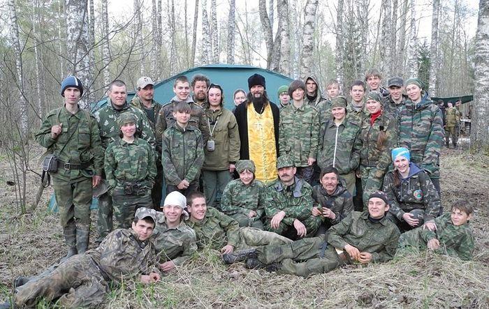 Поисковый отряд «Взвод». Фото: www.poisk-dolina.ru