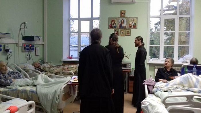 В стажировке особое внимание было уделено больничному служению
