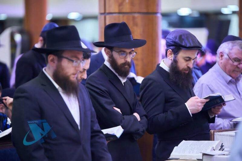 евреи в москве зимой фото серый цвет